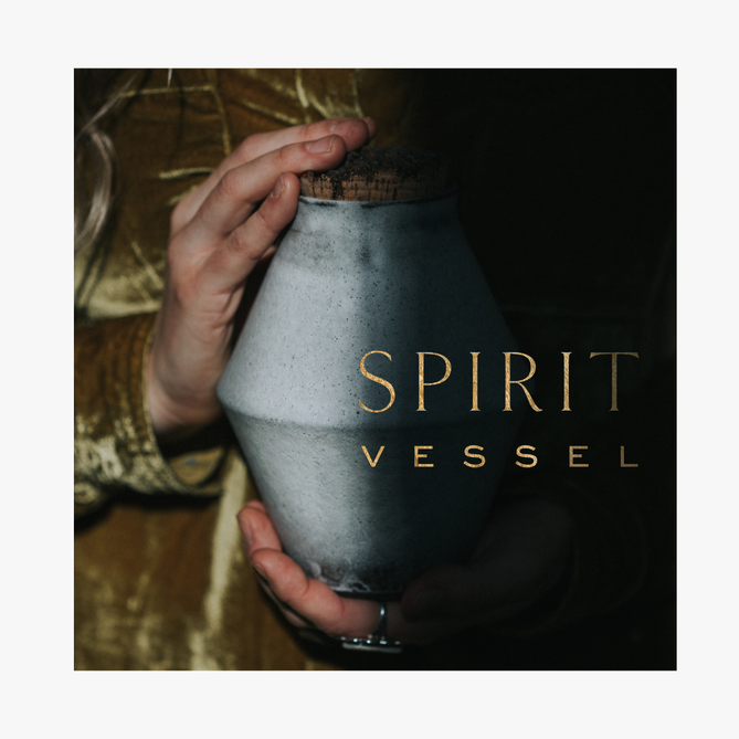 SPIRIT VESSEL -MINDFULLY CRAFTED CERAMIC URNS AND PERSONALIZED CELEBRATION OF LIFE CEREMONIES